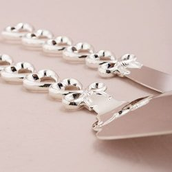 Set cutit tort argintat cu inimioare