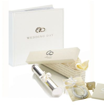 Album potcoava suport pentru certificat de nunta, Idei de cadouri pentru miri