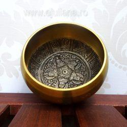 Bol tibetan cantator mic interior