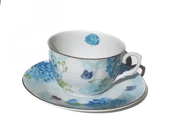 cesti-flori-albastre