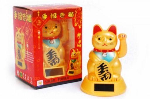 pisica-maneki-neko