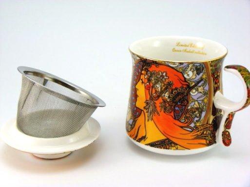 Set ceai cana infuzor in cutie de cadou