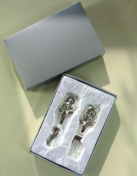 set tacamuri placate argint