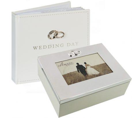 Album si caseta de nunta