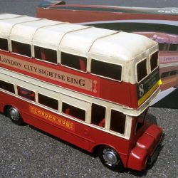 Autobuz londonez double decker
