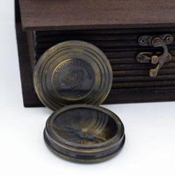 Busola antichizata Kelvin Hughes