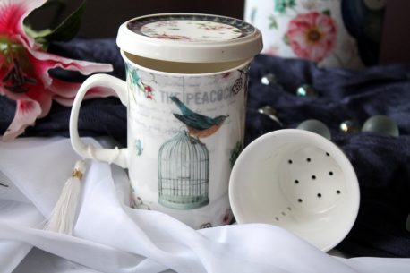 Cana de ceai cu infuzor paun