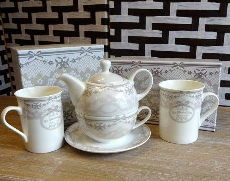 Set de ceai si cani de cafea