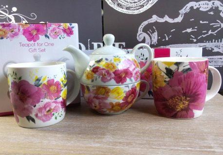 Set ceainic si cani de portelan Louise Tiler
