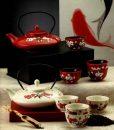 Set de ceai din portelan chinezesc in cutie eleganta de cadou pentru casa.