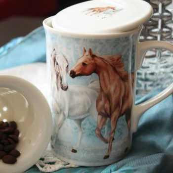Cana de ceai cu infuzor cu cai - www.ejuliana.ro