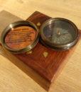Busola antichizata Emporium cutie lemn