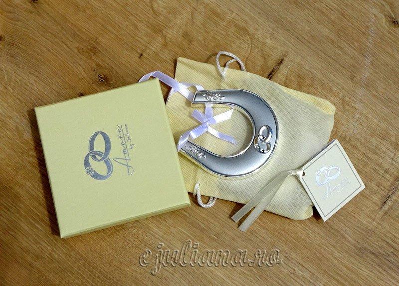 Potcoavanorocoasa argintata cadou pentru miri, Cadou de nunta