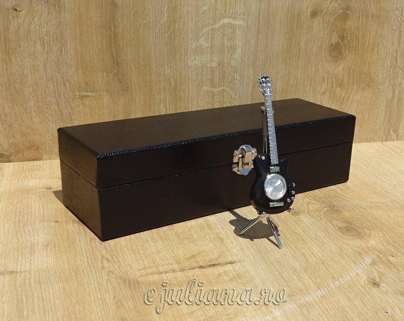 Ceas chitara cutie de ceasuri neagra, cadou de casa noua pentru el