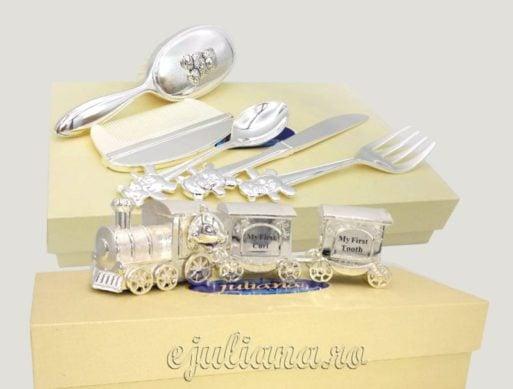 Trei seturi argintate pentru bebelusi