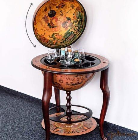 Bar glob pamantesc Caravaggio, cu picioare de lemn masiv