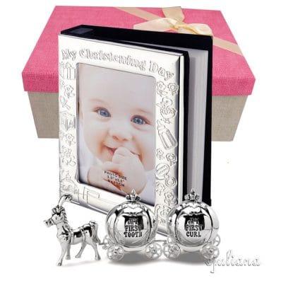Cadou pentru fetita cu album foto de botez si cutiute pentru mot si primul dintisor