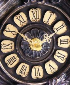 Ceas clasic de birou sculptat Veronese