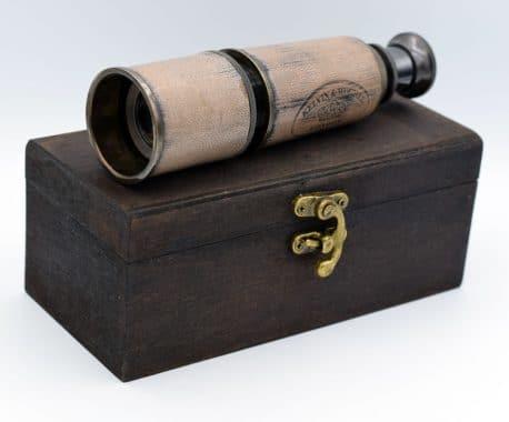 Ochean telescopic antichizat Kelvin Hughes