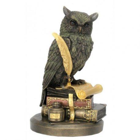 Bufnita pe carti si pergament, cu toc si cerneala, statueta de colectie pentru casa si birou, colectia Veronese