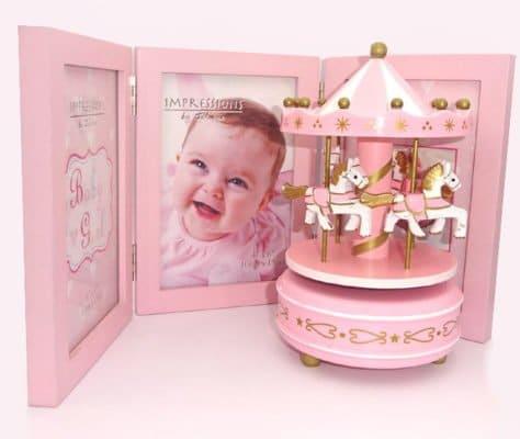 Carusel muzical rama tripla roz cadou pentru fetita la botez sau prima aniversare.