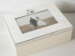 Caseta de nunta cu rama Amore
