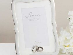 Rama argintata de nunta scallop verticala argintata pentru fotografii de cuplu