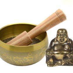 Buddha statueta antichizata si bol cantator din sapte metale