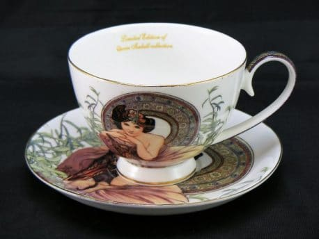 Ceasca farfurioara din colectia Smarald in cutie eleganta