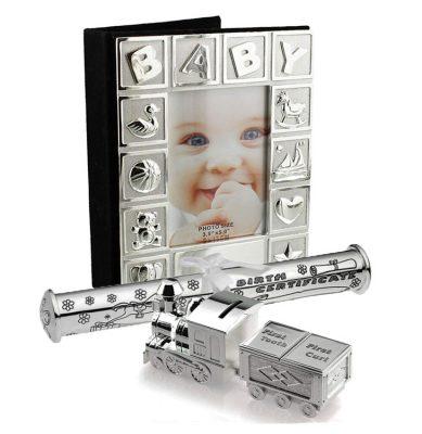Album, tren mot dintisor cu pusculita si suport pentru certificat de nastere