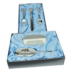 Set perie, pieptan si tacamuri argintate, cadou de botez si mot pentru baiat